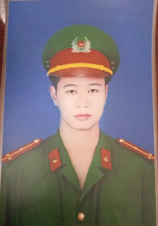 Đại úy Nguyễn Tuấn Minh, người hy sinh trong khi làm nhiệm vụ.