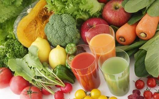 Bổ sung rau củ, trái cây vào bữa ăn hàng ngày