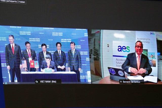 Lễ ký trực tuyến giữa PV GAS và Tập đoàn AES.