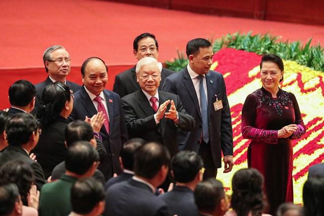 Các đồng chí lãnh đạo Đảng, Nhà nước tới dự Đại hội.