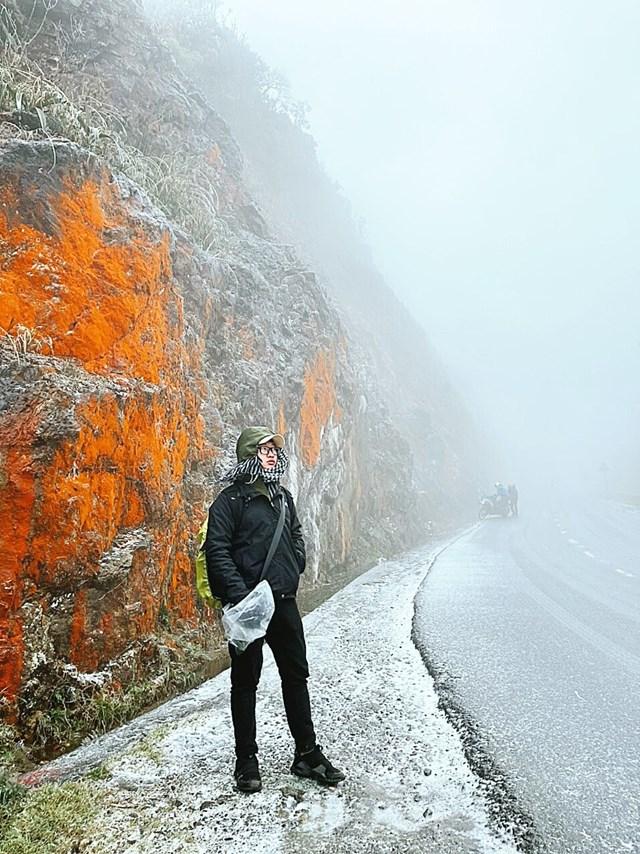 Người dân đi du lịch Sapa đón tuyết. (Nguồn: Sưu tầm)