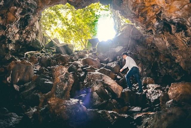 Cảnh đẹp hang động núi lửa Chư Bluk trong Công viên địa chất toàn cầu Đăk Nông. (Nguồn: Ban quản lý Công viên Địa chất Đắk Nông).