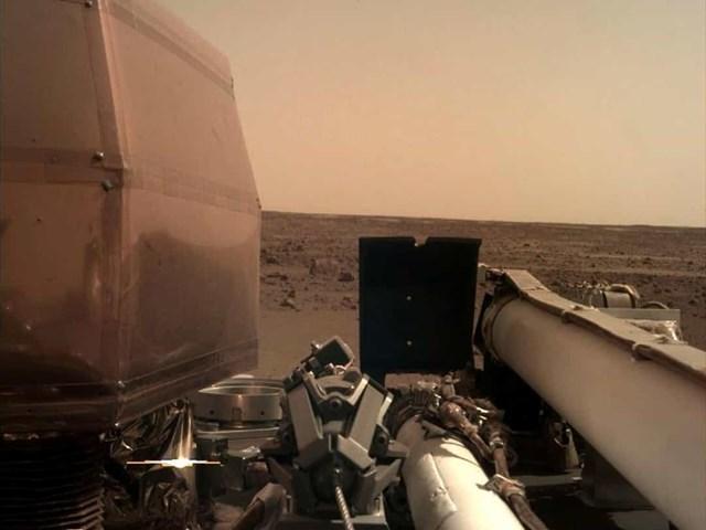 Những tàu đổ bộ hạ cánh thành công trên Sao Hỏa - Ảnh 13