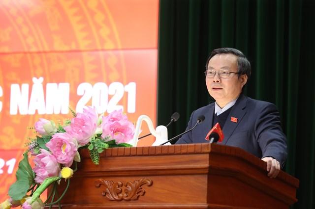 Phó Chủ tịch Quốc hội Phùng Quốc Hiển phát biểu tại Hội nghị.