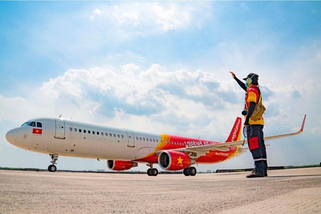 Vietjet là 1 trong 10 hãng hàng không chi phí thấp tốt nhất và an toàn nhất thế giới.