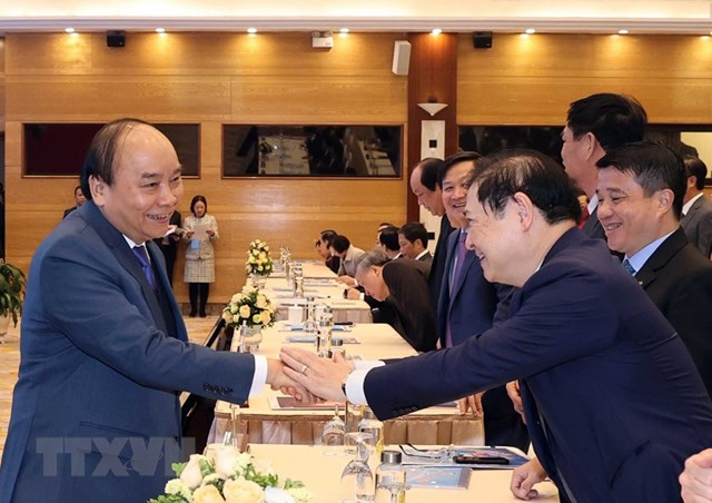 [ẢNH]Thủ tướng dự Hội nghị triển khai kế hoạch năm 2021 ngành Công Thương - Ảnh 1