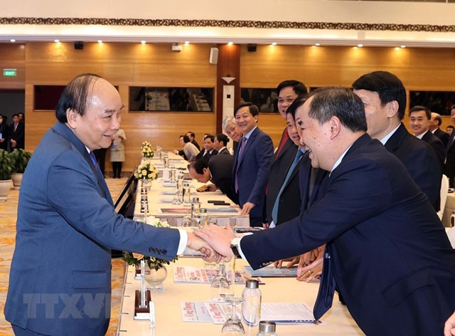 [ẢNH]Thủ tướng dự Hội nghị triển khai kế hoạch năm 2021 ngành Công Thương - Ảnh 3
