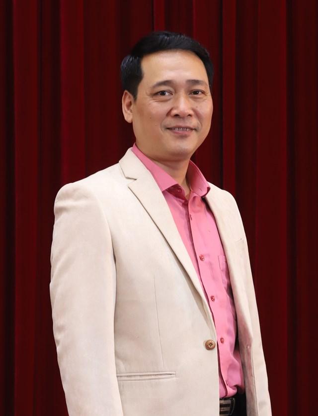 NSƯT Kiều Minh Hiếu.