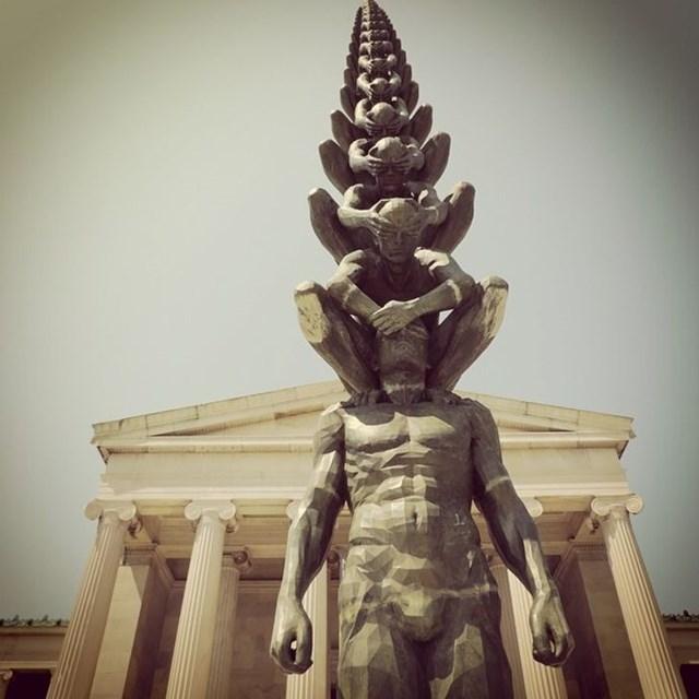 Những tác phẩm điêu khắc 'khó tin là thực sự tồn tại' - Ảnh 2