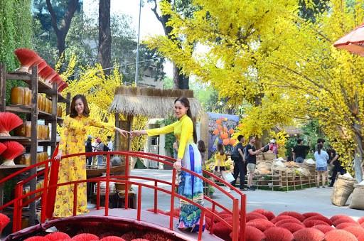 Lễ hội Tết Việt 2020.