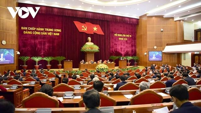 Hội nghị tập trung thảo luận, cho ý kiến về tiếp tục hoàn thiện công tác nhân sự Ban Chấp hành Trung ương, Bộ Chính trị, Ban Bí thư khóa XIII và chuẩn bị nhân sự lãnh đạo chủ chốt khóa XIII.