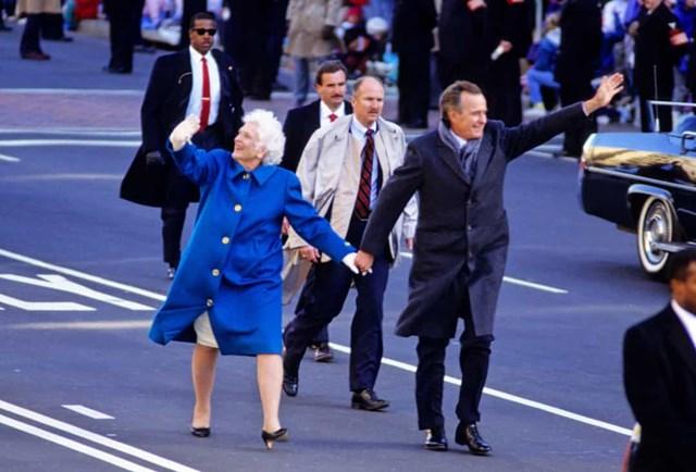 Đệ nhất phu nhân Barbara Bush trong lễ nhậm chức của George HW Bush vào năm 1989.