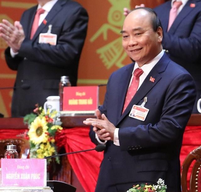 Ủy viên Bộ Chính trị, Thủ tướng Chính phủ Nguyễn Xuân Phúc tham gia Đoàn Chủ tịch Đại hội. Ảnh: TTXVN.