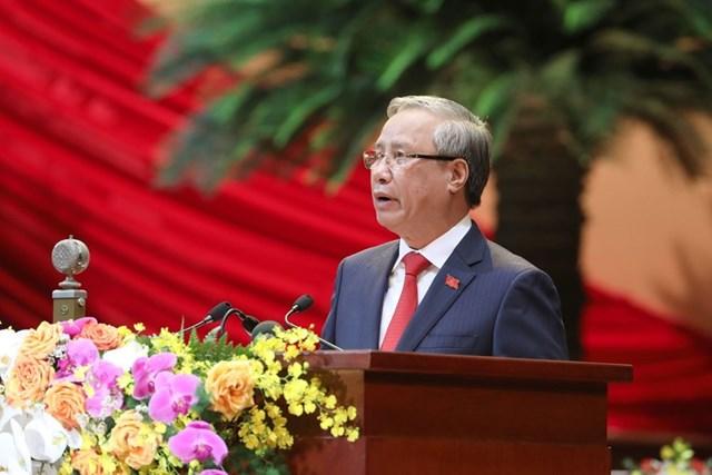 Ủy viên Bộ Chính trị, Thường trực Ban Bí thư Trần Quốc Vượng thay mặt Đoàn Chủ tịch tuyên bố lý do, giới thiệu đại biểu và khách mời của Đại hội. Ảnh: TTXVN.