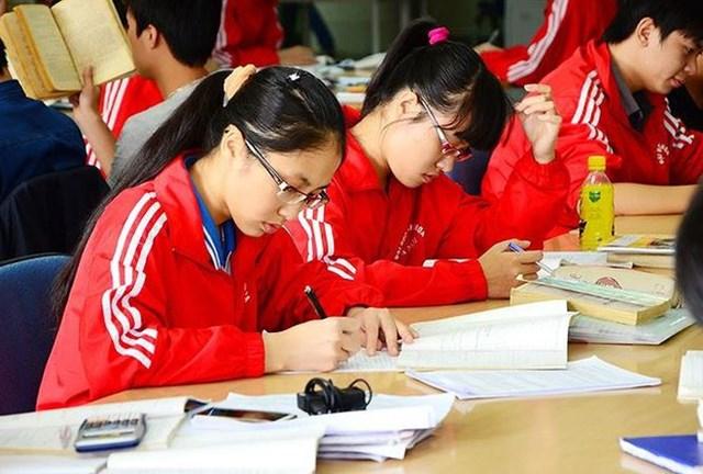 Chất lượng nghiên cứu, tỷ lệ việc làm cho sinh viên mới là mục tiêu cần hướng đến.