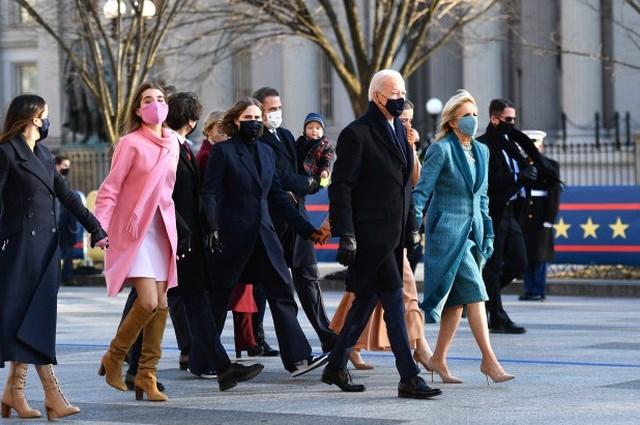 Gia đình Tổng thống Joe Biden tham dự lễ nhậm chức hôm 20/1. Ảnh: Getty.
