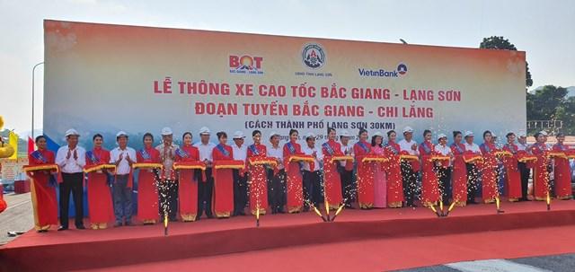 Lễ Thông xe Dự án đường Cao tốc Bắc Giang- Lạng Sơn.
