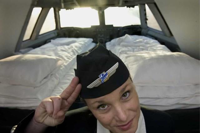 """Jumbo Hostel, Thụy Điển nằm trên một chiếc máy bay phản lực Boeing 747 cũ, khách sạn kỳ quặc này tọa lạc ngay cạnh Sân bay Stockholm Arlanda. Phòng """"buồng lái"""" là phòng danh giá nhất của khách sạn."""