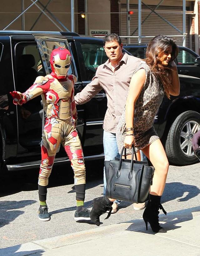 Jaden Smith đã rất vui vì tránh được các tay săn ảnh khi mặc nguyên bộ trang phục Iron Man.