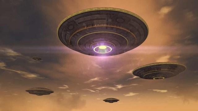 Những vụ nhìn thấy UFO nổi tiếng nhất trên thế giới - Ảnh 2