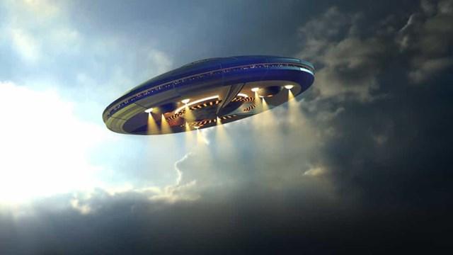 Những vụ nhìn thấy UFO nổi tiếng nhất trên thế giới - Ảnh 3