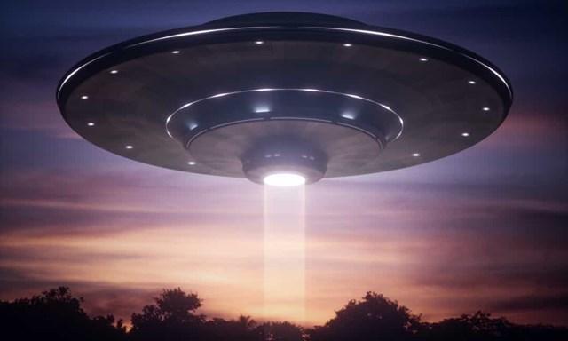 Những vụ nhìn thấy UFO nổi tiếng nhất trên thế giới - Ảnh 4