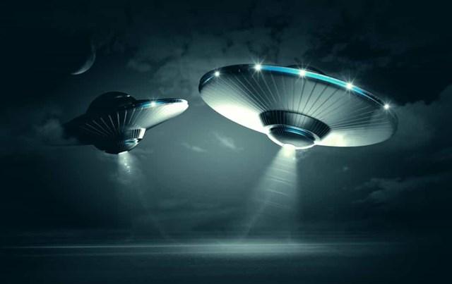 Những vụ nhìn thấy UFO nổi tiếng nhất trên thế giới - Ảnh 9