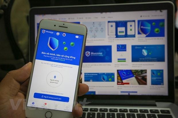 Ứng dụng Bluezone được đông đảo người Việt Nam sử dụng. Ảnh: Minh Sơn/Vietnam+.