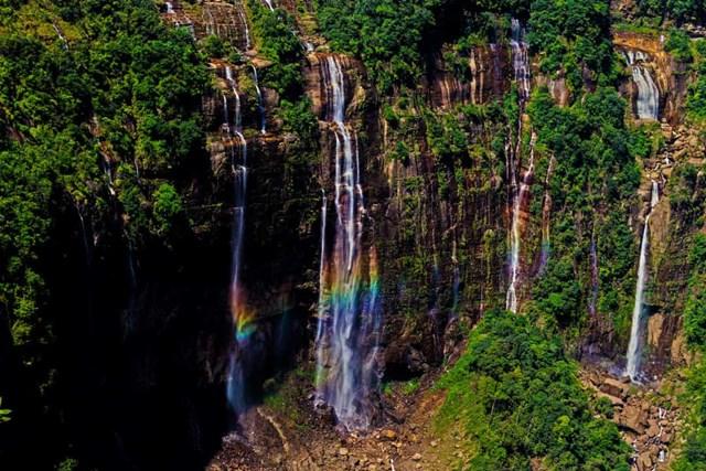 Chiêm ngưỡng những thác nước ngoạn mục nhất Châu Âu - Ảnh 20
