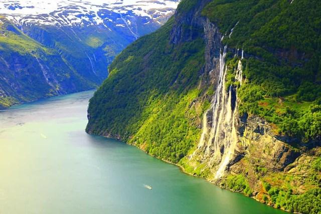 Chiêm ngưỡng những thác nước ngoạn mục nhất Châu Âu - Ảnh 19