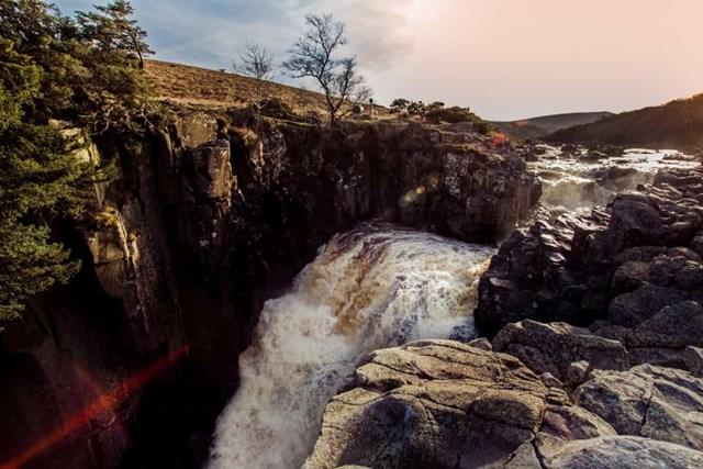 Chiêm ngưỡng những thác nước ngoạn mục nhất Châu Âu - Ảnh 26