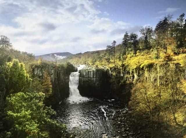 Chiêm ngưỡng những thác nước ngoạn mục nhất Châu Âu - Ảnh 25