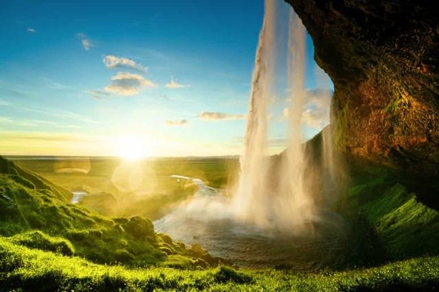 Chiêm ngưỡng những thác nước ngoạn mục nhất Châu Âu - Ảnh 10
