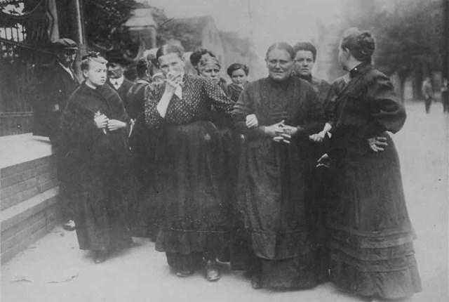 Phụ nữ được trao quyền bầu cử ở Áo vào năm 1918. Nhà nước khi đó được gọi là Đức-Áo, một thuật ngữ không chính thức để chỉ các khu vực của đế chế do người Đức gốc Áo sinh sống.