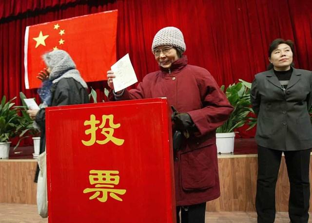 Phụ nữ Trung Quốc được trao quyền bầu cử vào năm 1949.