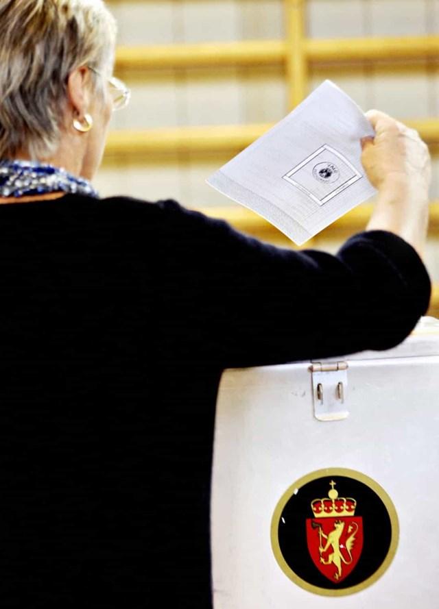 Phụ nữ được quyền bầu cử ở Đan Mạch vào năm 1915. Chính quyền địa phương được phép bỏ phiếu từ năm 1908.