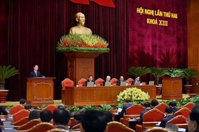 Ủy viên Bộ Chính trị, Thường trực Ban Bí thư Võ Văn Thưởng báo cáo nội dung chương trình làm việc Hội nghị Trung ương 2, khóa XIII.