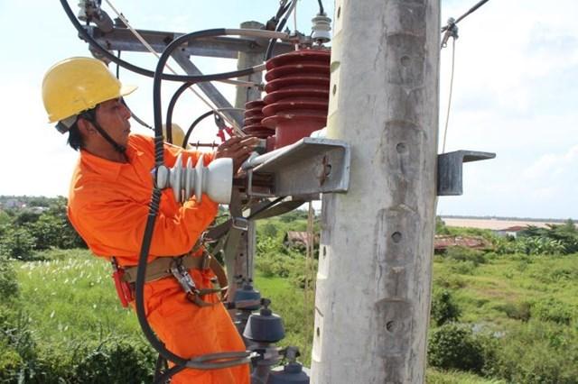Điện lực Hà Nội liên tục triển khai nhiều các gói thầu nâng cấp kỹ thuật hạ tầng.