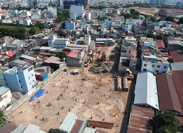 Căn hộ dự án Ascent Plaza (375 Nơ Trang Long, Q.Bình Thạnh, TP HCM) mở bán từ năm 2019 tới nay chưa xong phần móng.