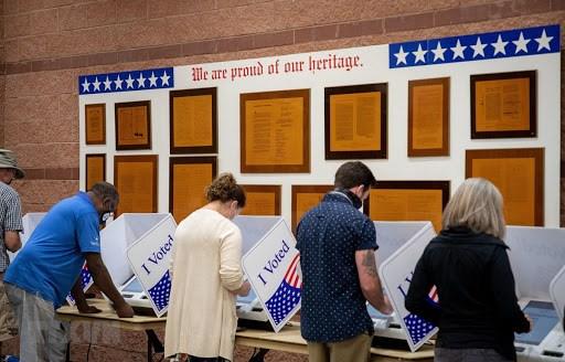 Cử tri bỏ phiếu sớm bầuTổng thống Mỹ tại điểm bầu cử bang Nam Carolina.