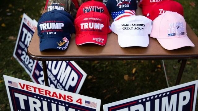 Việc quỹ tranh cử bị tin tặc đánh cắp tiền gây ra bất lợi cho đảng Cộng hòa và Tổng thống Mỹ Donald Trump khi bầu cử sắp tới gần. (Ảnh minh họa: Reuters).