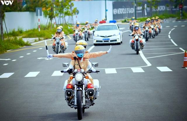 Phân luồng giao thông phục vụ Hội nghị cấp cao ASEAN 37 tại Hà Nội - Ảnh 1