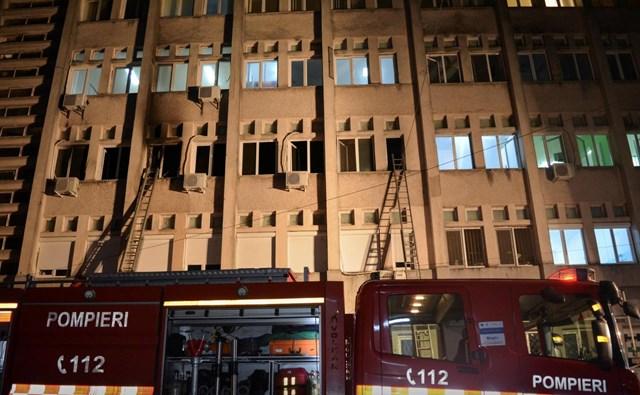 Romania: Cháy bệnh viện làm 10 bệnh nhân Covid-19 thiệt mạng - Ảnh 1