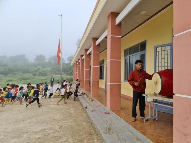 100% học sinh tại đây đều là học sinh người Mông.