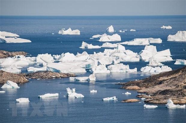 Băng trôi trên sông băng ở gần Kulusuk, Greenland, ngày 15/8/2019. Nguồn: AFP/TTXVN.