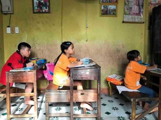 Lớp học hiện tại là những học sinh chậm phát triển.