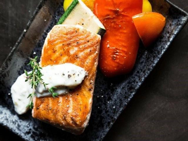 Dưỡng chất có nhiều trong cá là 'khắc tinh' của ung thư - Ảnh 4