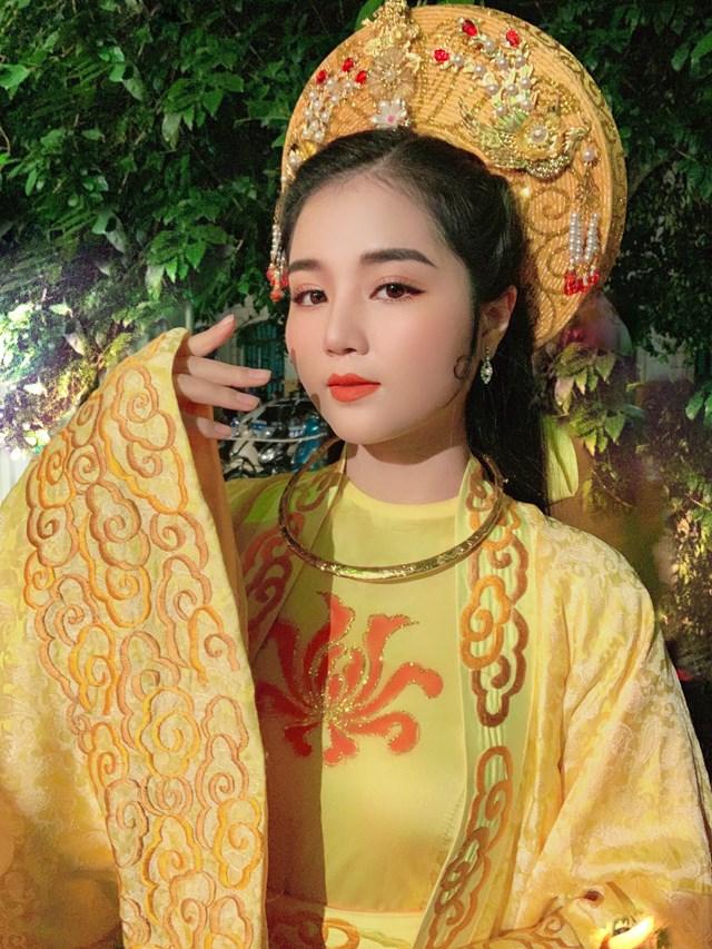 Nghệ sĩ Thanh Huyền trong vai Lý Chiêu Hoàng.