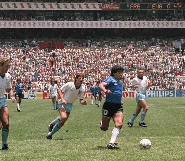 Trận tứ kết World Cup 1986 gặp Anh được xem là một trong những trận hay nhất sự nghiệp của ông với một pha solo qua hàng loạt cầu thủ đối phương rồi ghi bàn.