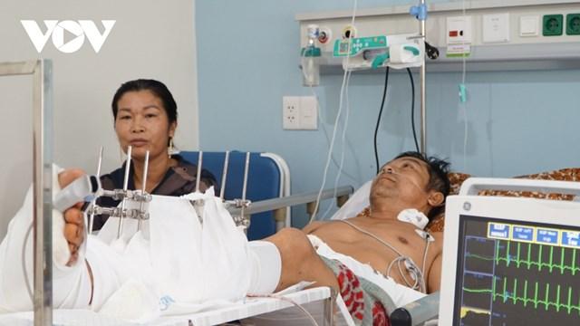 Nạn nhân được chuyển đến cấp cứu tại Bệnh viện Quân y 175.